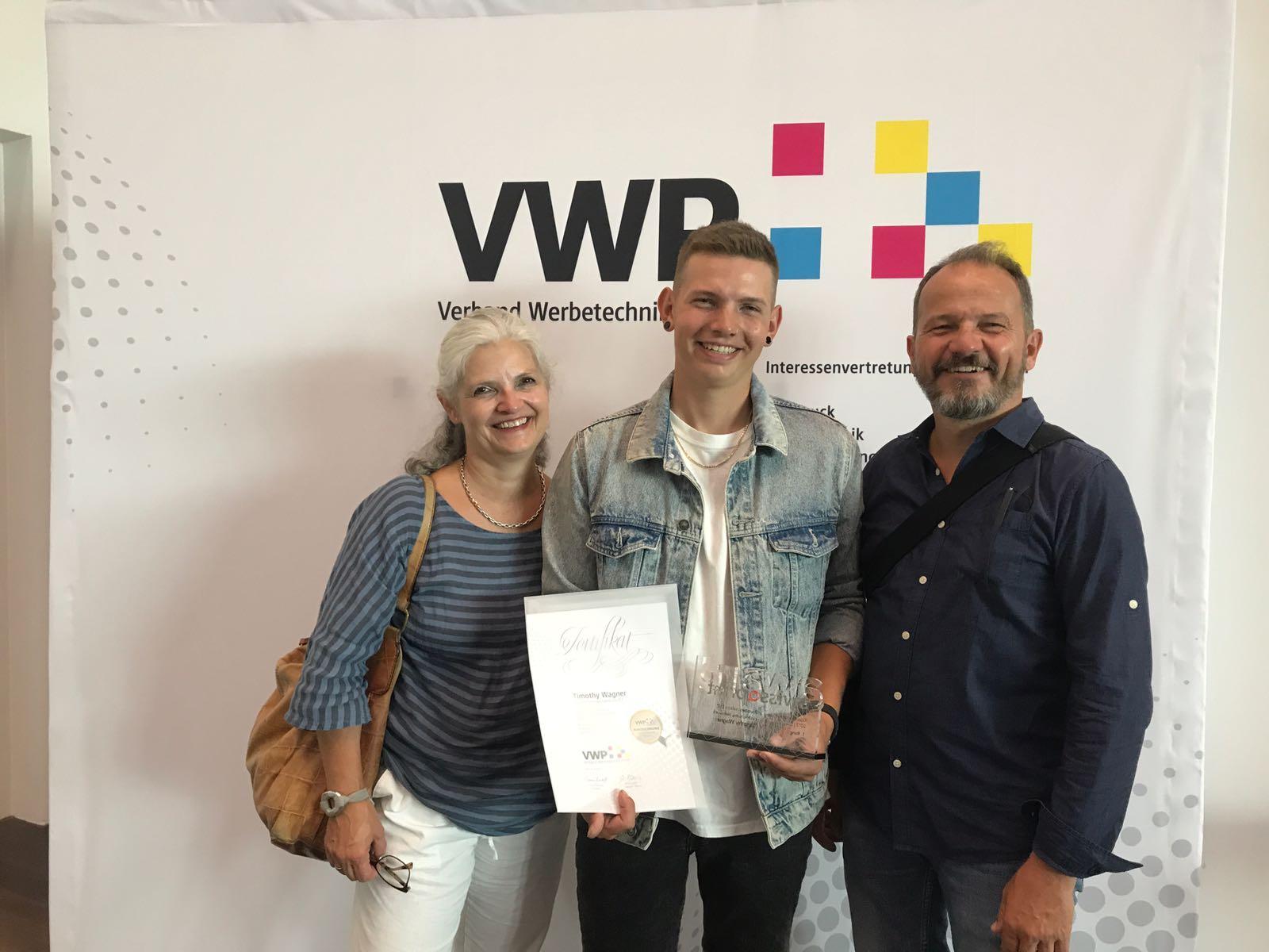 Tim Wagner mit Eltern Michel und Carla Wagner