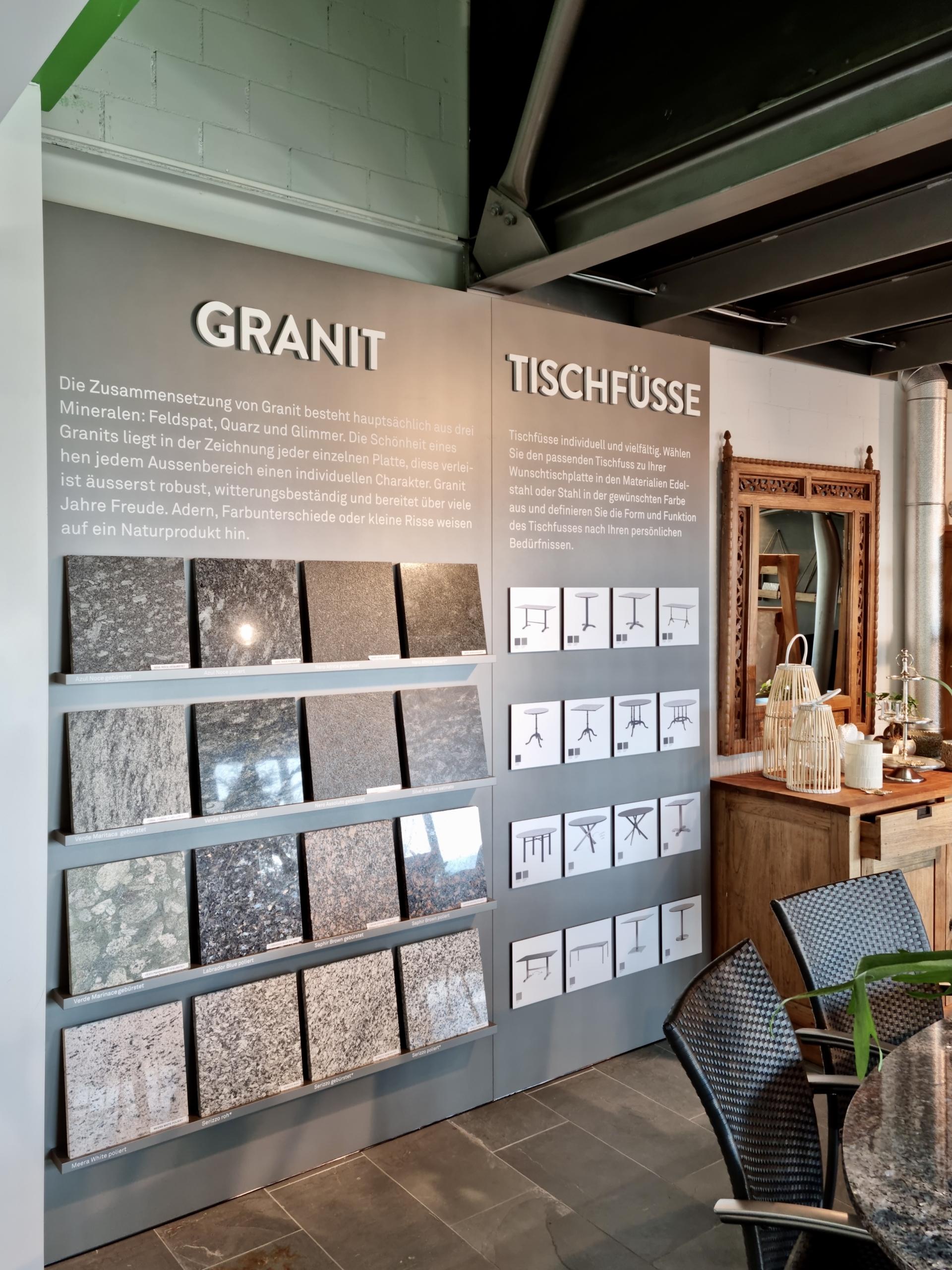 Ausstellungswand-Granit_Wagner-Schriften_Hunn-Gartenmoebel